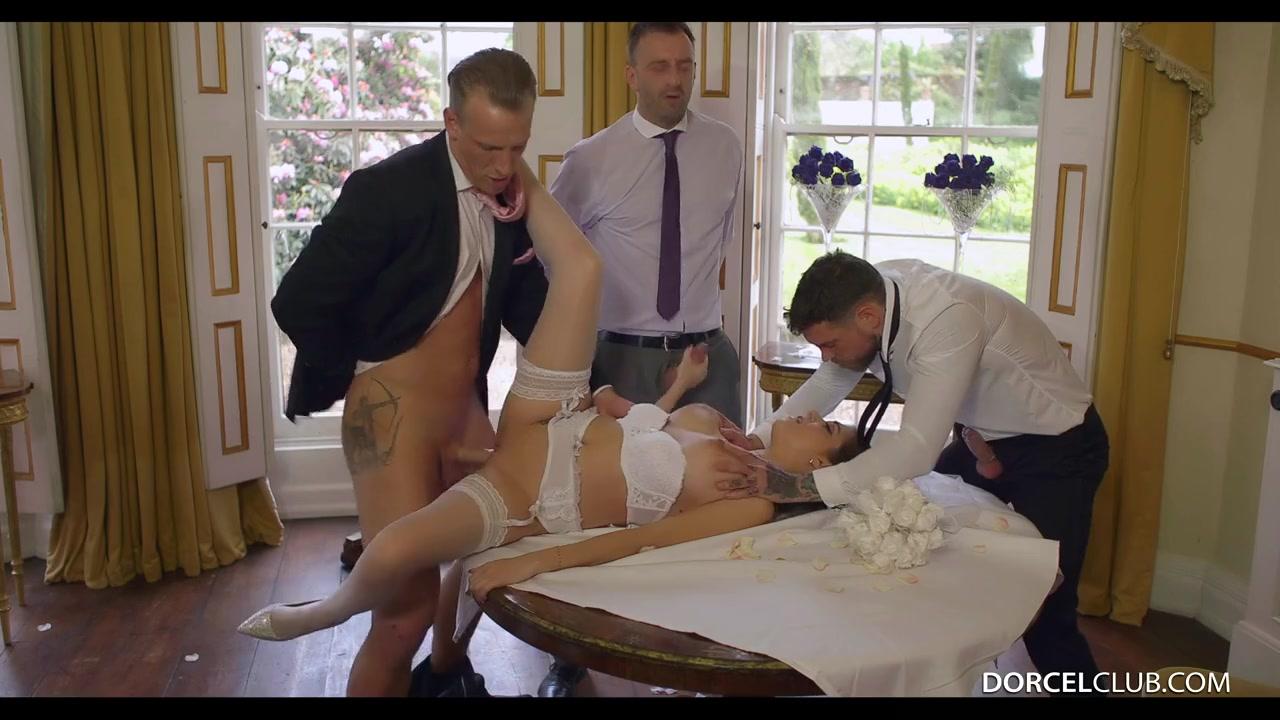 напоили мужа и трахнули невесту порно видео желаю, чтобы каждое