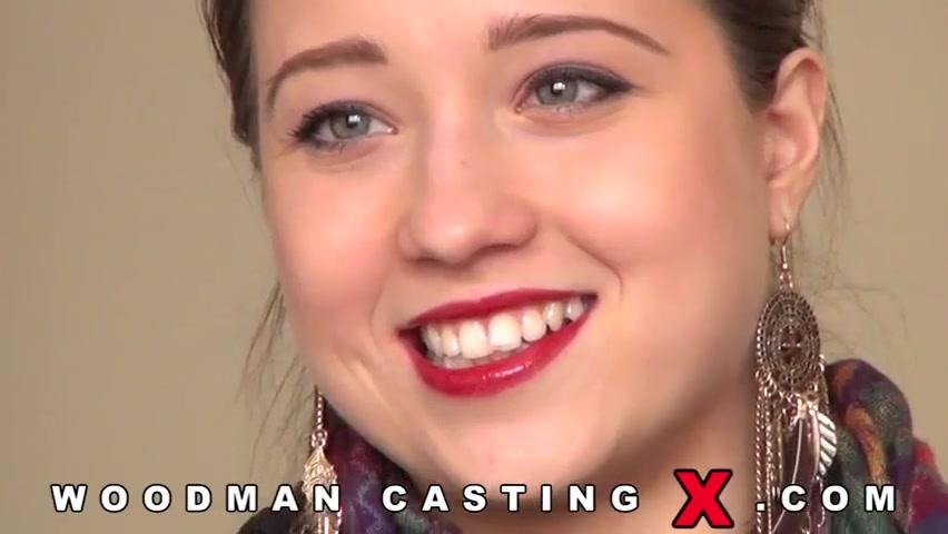 Полноценный порно фильм с молодой давалкой на кастинге Вудмана