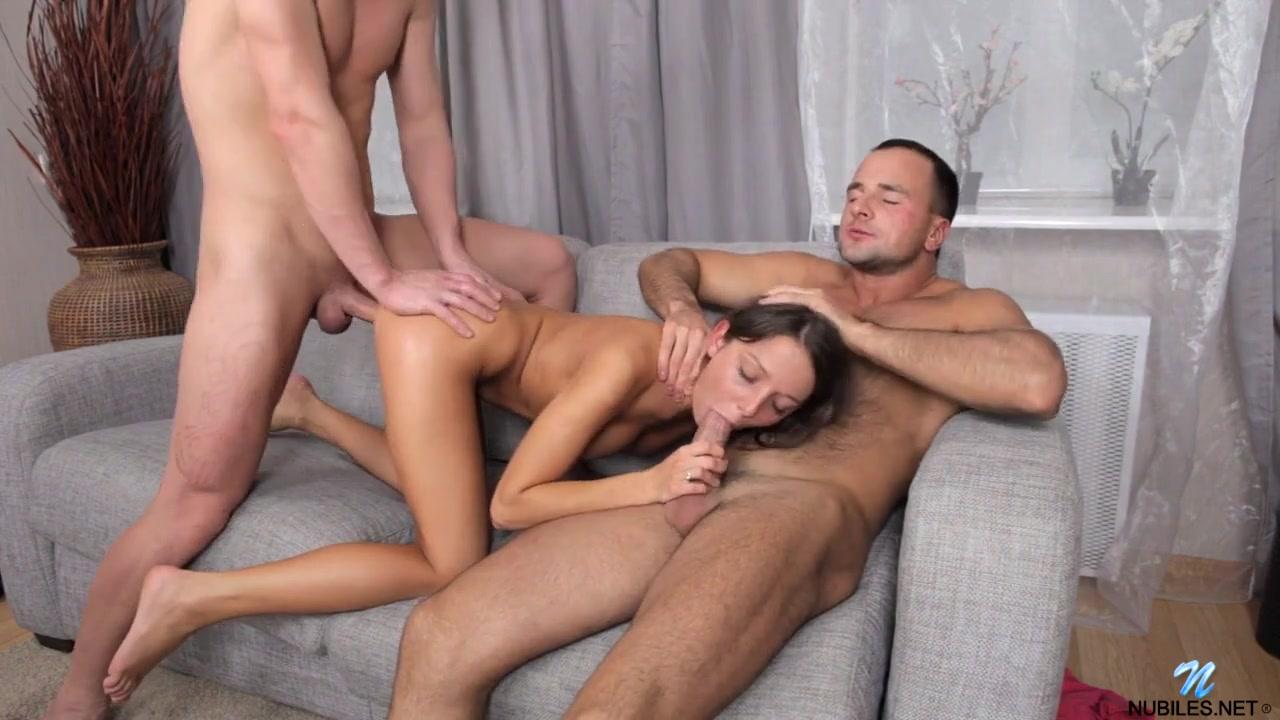 Foxy Di впервые занимается групповым сексом МЖМ