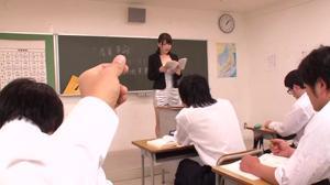 Японскую училку поебывают все - скриншот #15