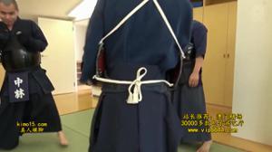 Японки не противостоят домогательству мужчин на работе - скриншот #13