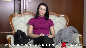 Девушку долго ебали на кастинге Вудмана - скриншот #1
