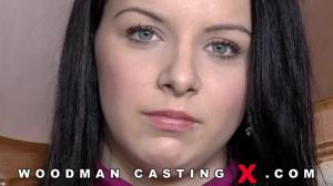 Девушку долго ебали на кастинге Вудмана - скриншот #2