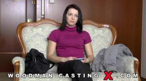 Девушку долго ебали на кастинге Вудмана - скриншот #3