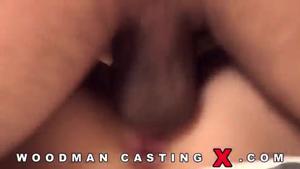 Полноценный порно фильм с молодой давалкой на кастинге Вудмана - скриншот #19