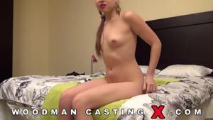 Полноценный порно фильм с молодой давалкой на кастинге Вудмана - скриншот #7