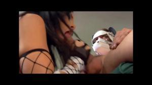 Рвань занимается групповым сексом - скриншот #3