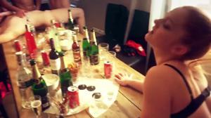 Пьяная русская оргия - скриншот #4