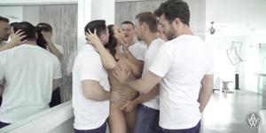 Ганг банг с хорошенькой блядью Angela White - скриншот #1