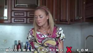 Худая блондинка Meg Laren на кастинге Вудмана - скриншот #1