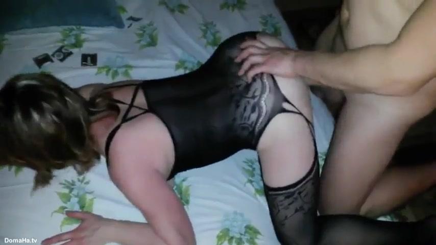 Сексвайф согласилась на двойное проникновение в вагину и жопу