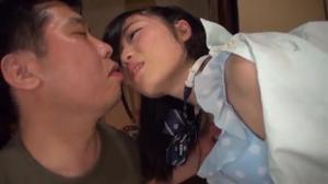 История японской студентки, которая бурно кончает во время вагинального порева - скриншот #14